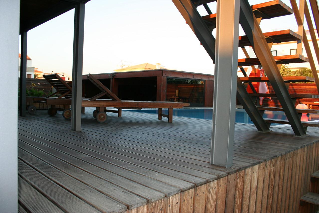 deck-e-estruturas-diversas-piscina